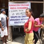 alvaro noboa trabaja fundaciones medicinas gratis
